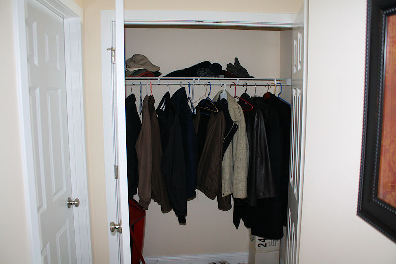 Camden townhome rentals ample closet space for Ample closet space